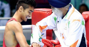 Shiva Thapa (left) with India national boxing coach Gurbax Singh Sandhu.